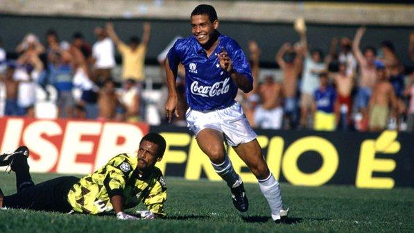 ronaldo-cruzeiro-19930921-size-598