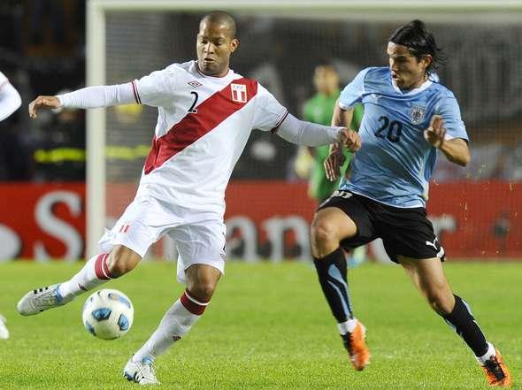 Carlos Sánchez en River contra Uruguay (?)