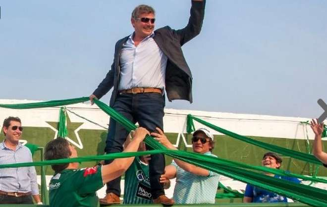 Chiofalo-presidente-Sarmiento-paraavalancha-tribuna_OLEIMA20160826_0210_33