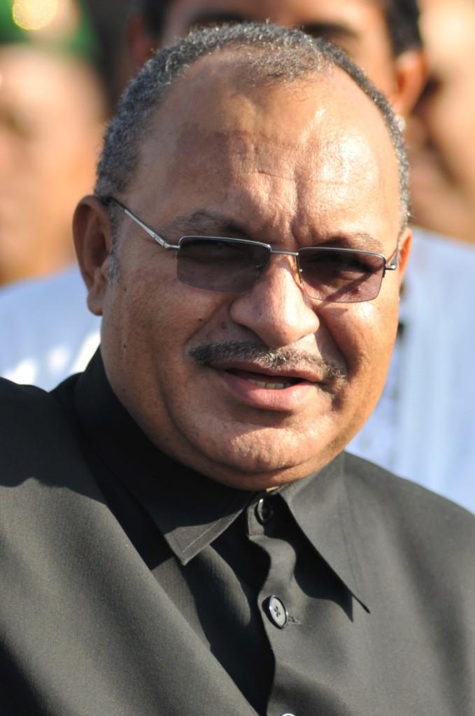 El gordo Pua fue a dar una mano como Primer Ministro.