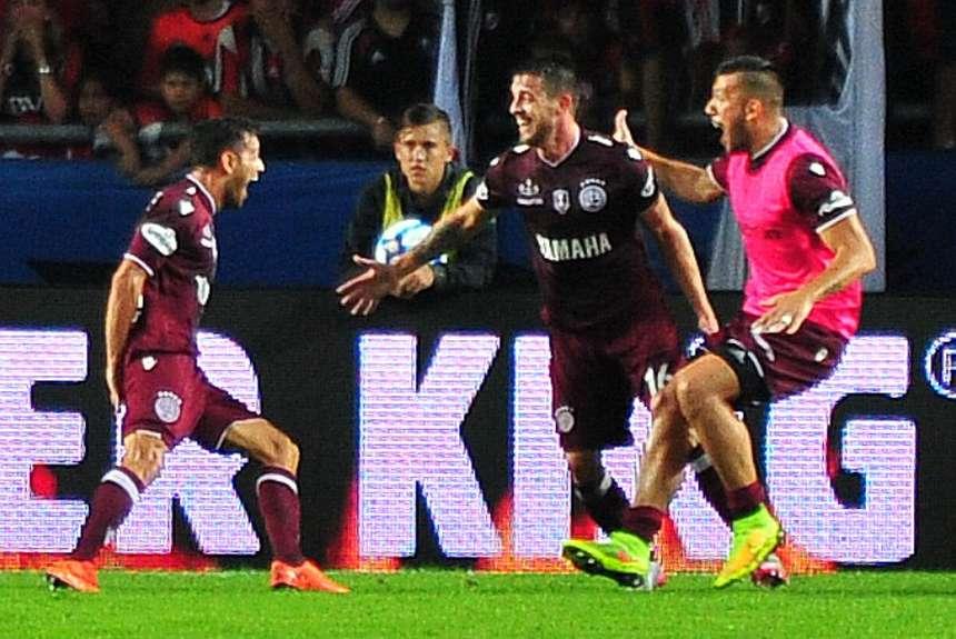 Todas las diagonales en La Plata llevan al gol.