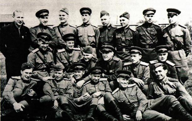 93693_b_komanda-lejtenantov-1943-god_1314285809