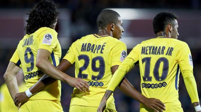 Cavani-Mbappé-y-Neymar