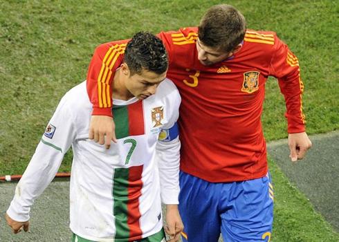 cristiano-ronaldo-590-gerard-pique-comforting-ronaldo-after-spain-eliminated-portugal